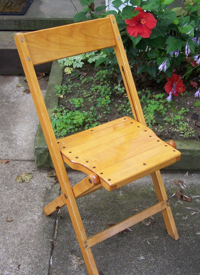 Wood Folding Chairs Rental, OH